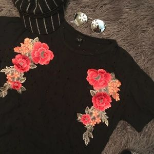 Distressed Floral Patch T-shirt
